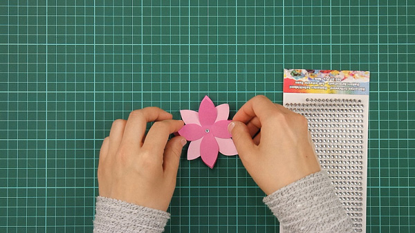 flower, floral, flowerish, nature, card, tutorial, step 6