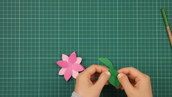 flower, floral, flowerish, nature, card, tutorial, step 9